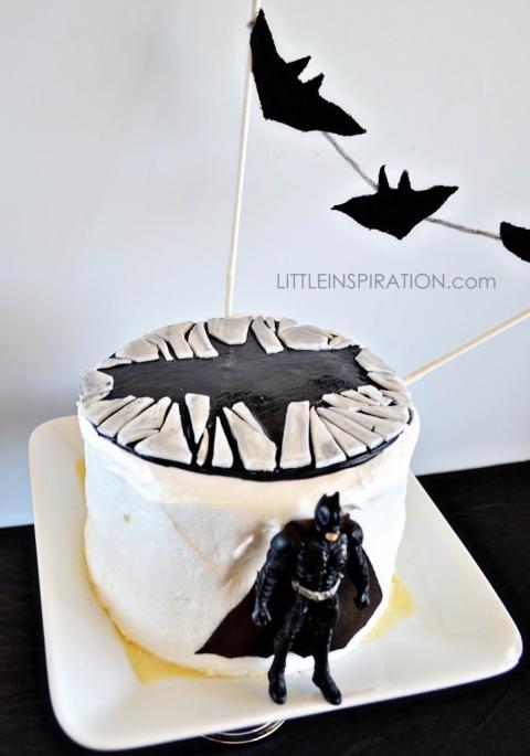 The Dark Knight Rises Cake TDKR  Little Inspiration - Dark knight birthday cake