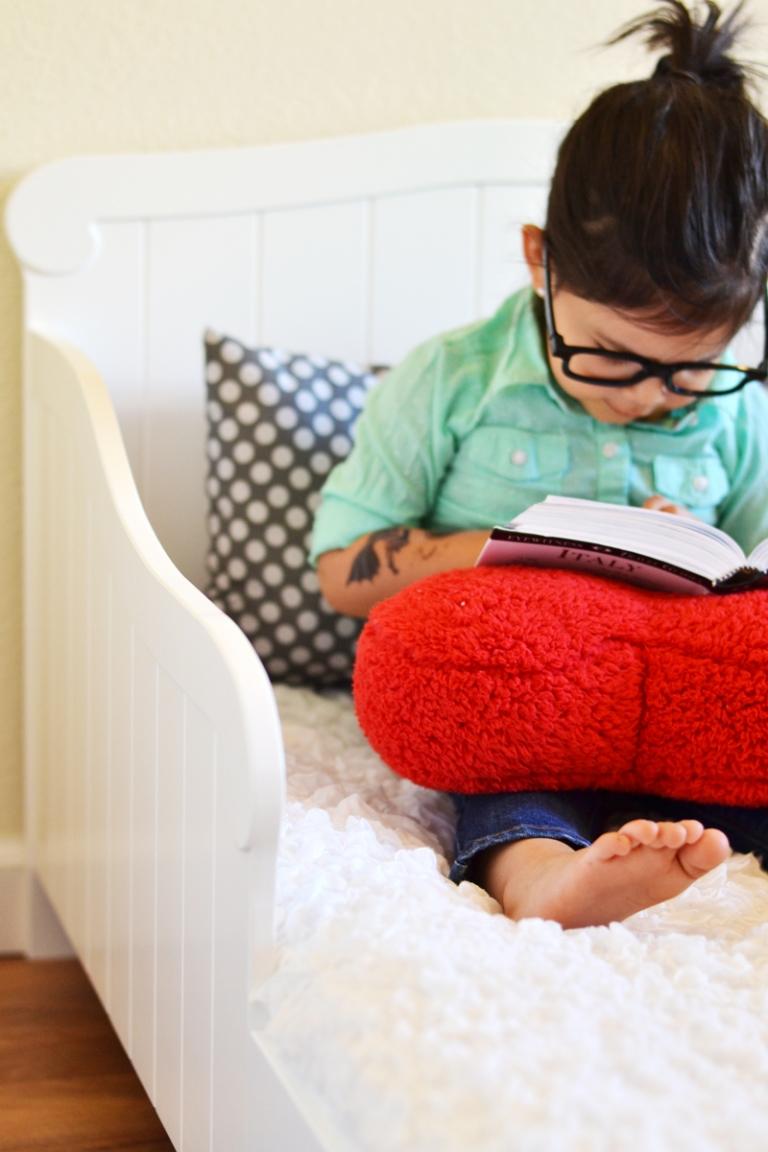 Kidkraft toddler bed review little inspiration for Lit kidkraft