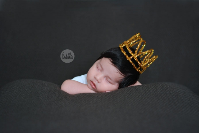 DIY-Photo-Prop-Crown