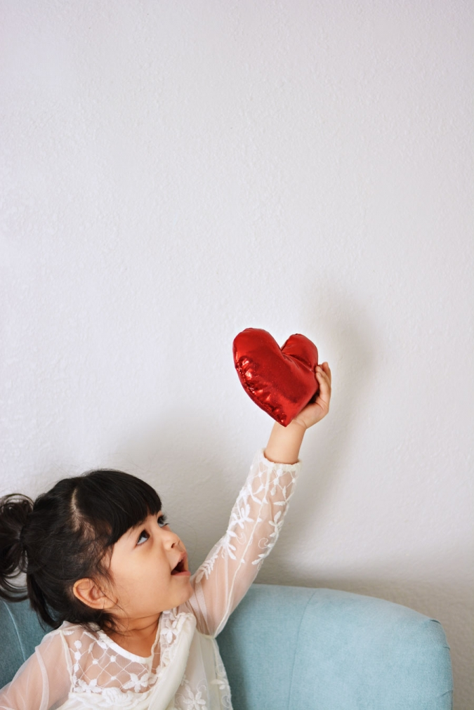 diy-pillow-for-valentines-day
