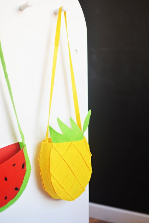 Bricolage-Pineapple-Purse-for-Kids