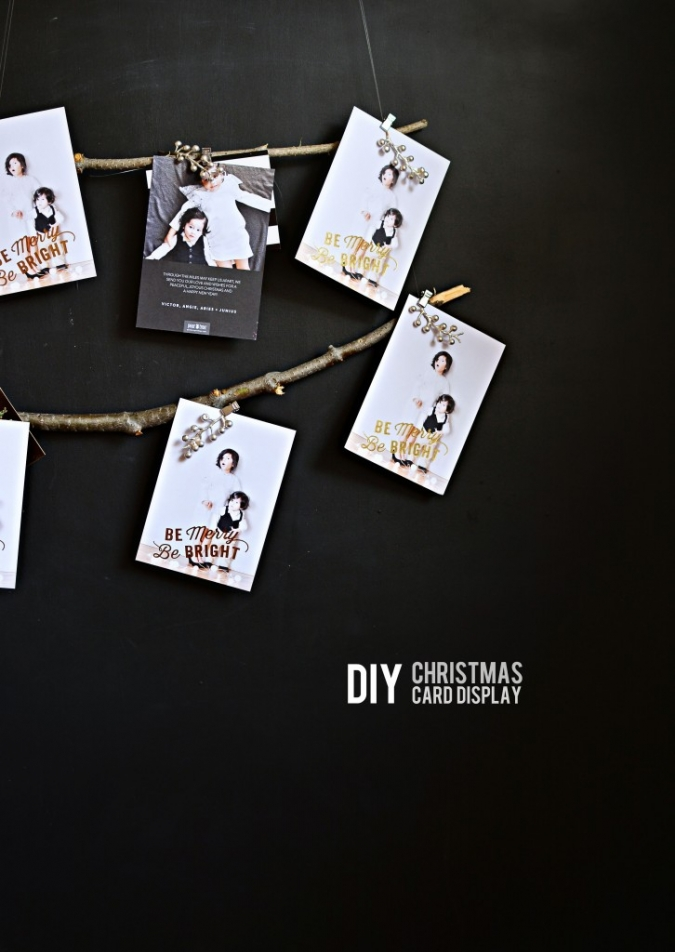 DIY-Christmas-Card-Display-